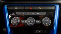 Fiat 500X Mirror vs Volkswagen T-Roc Style: sfida per il trono - Immagine: 57