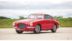 Fiat 8V Coupé Vignale: dalla linea molto più classiche rispetto alle altre 8V, da lontano potrebbe sembrare una Ferrari 250 Euro