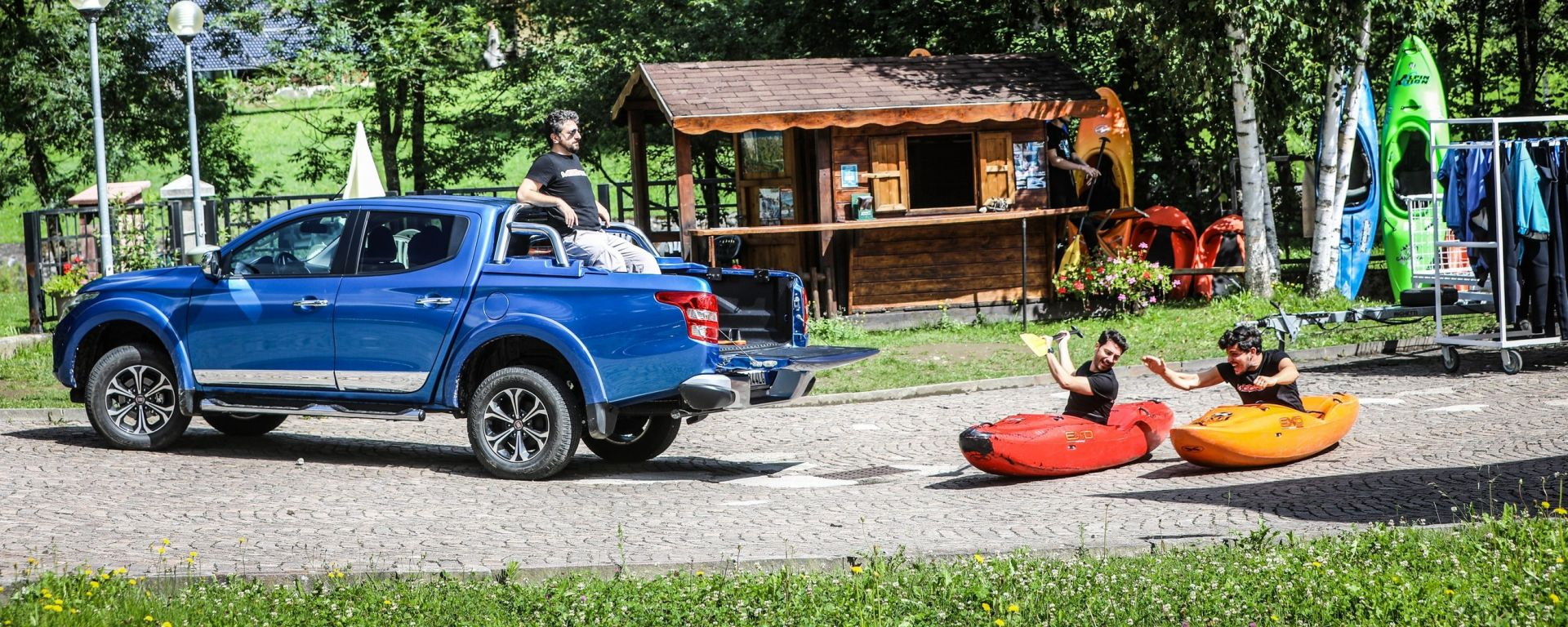 Fiat Fullback: storie di rafting e offroad fra i bricchi