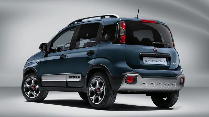 Fiat Panda Hybrid City Cross: la citycar ibrida è stata aggiornata in alcuni dettagli