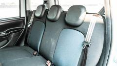 Fiat Panda Hybrid vs Suzuki Ignis Hybrid: il divanetto posteriore della Panda omologato 5 posti (optional)