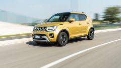 Fiat Panda Hybrid vs Suzuki Ignis Hybrid: la Ignis in un bel passaggio dinamico