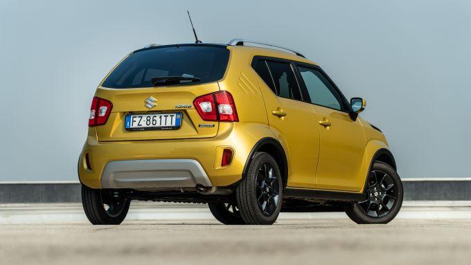Fiat Panda Hybrid vs Suzuki Ignis Hybrid: lo stile mini SUV della Ignis Hybrid