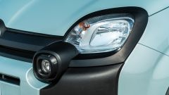 Fiat Panda Hybrid vs Suzuki Ignis Hybrid: un dettaglio dei faretti e del faro anteriore