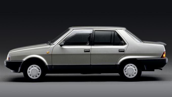 Fiat Regata: vista laterale