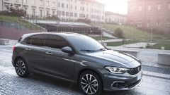 Fiat Tipo 5 porte e Station Wagon alla prova (video)  - Immagine: 6