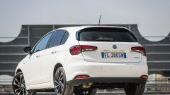 Fiat Tipo 5 porte S-Design 1.6 Mjet VS Peugeot 308 130 BlueHDI: il test confronto - Immagine: 14