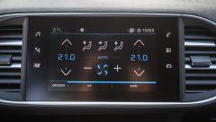 Fiat Tipo 5 porte S-Design 1.6 Mjet VS Peugeot 308 130 BlueHDI: il test confronto - Immagine: 33