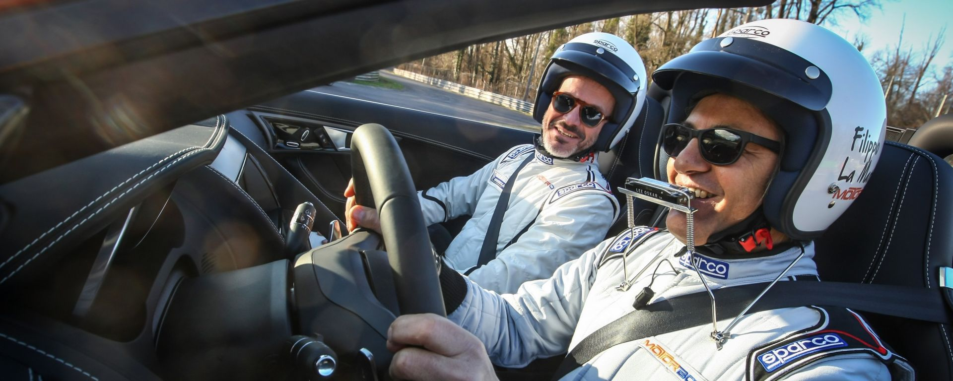 Filippo La Mantia in pista con la Jaguar F-Type: il trailer