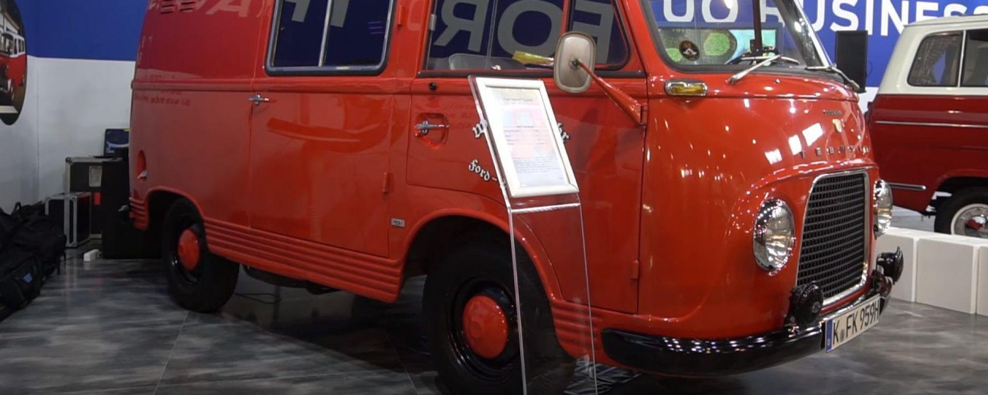 Ford al Salone auto e moto d'Epoca copertina