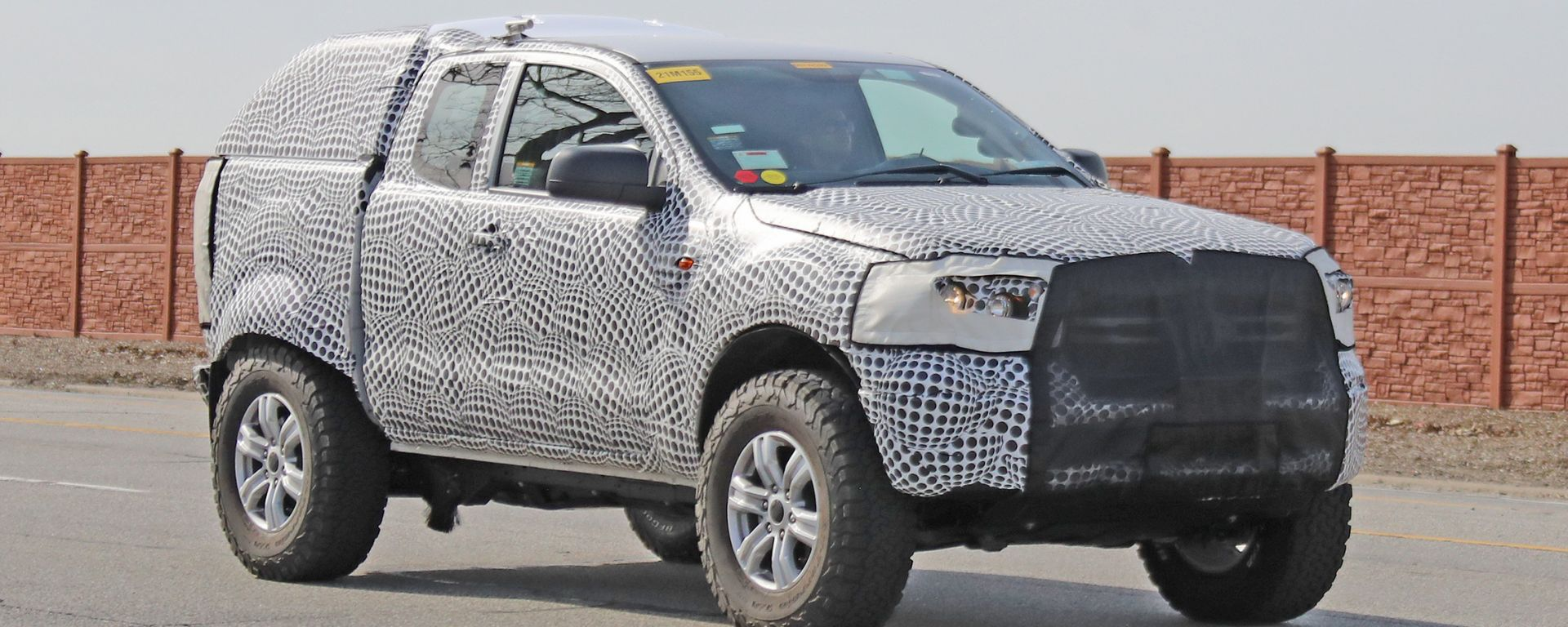 Ford Baby Bronco, rivale della Jeep Renegade: spy foto e video