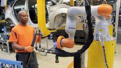 Ford e Kuka Roboter creano i Co-bot: partner degli operai   - Immagine: 1