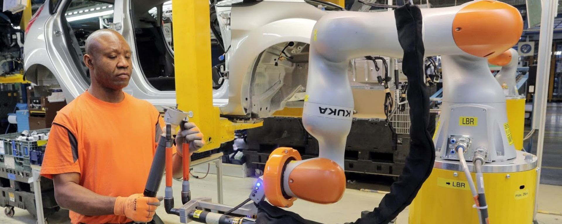 Ford e Kuka Roboter creano i Co-bot: partner degli operai