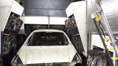 Ford svela il segreto della verniciatura perfetta - Immagine: 2