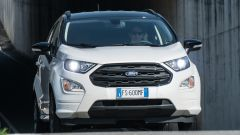 Ford EcoSport diesel vista dinamica frontale