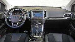 Ford Edge: curato ed elegante l'abitacolo con rivestimenti in pelle