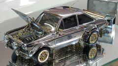 Ford Escort: all'asta un modellino in oro da 90 mila euro. Video