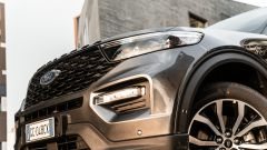 Ford Explorer PHEV ST line 2020: dettaglio del frontale