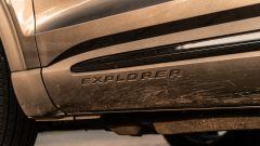 Ford Explorer PHEV ST line 2020: il nome del modello sul brancardo