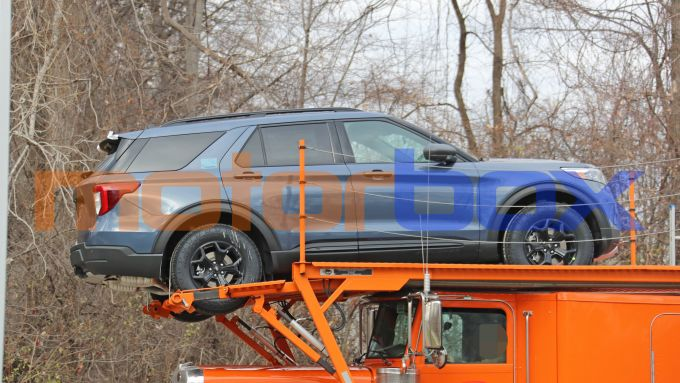 Ford Explorer Timberline, visuale laterale