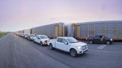 Ford F150 EV: I trucks imbarcati sui vagoni