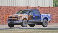 Ford F150 Raptor 2021: lo stile del frontale è stato aggiornato