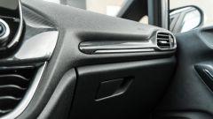 Ford Fiesta 1.0 Ecoboost Hybrid 125 CV ST-Line, dettaglio della plancia