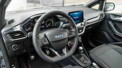 Ford Fiesta 1.0 Ecoboost Hybrid 125 CV ST-Line, gli interni
