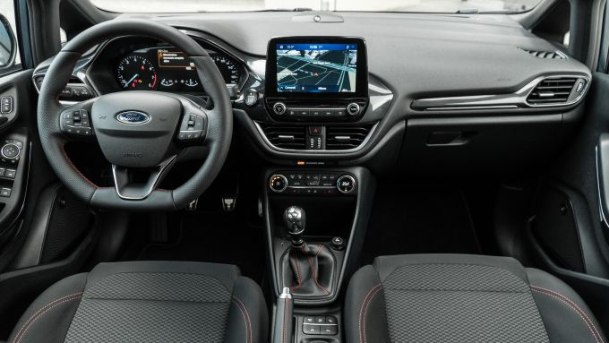 Ford Fiesta 1.0 Ecoboost Hybrid 125 CV ST-Line, la plancia