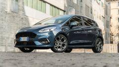 Ford Fiesta 1.0 Ecoboost Hybrid 125 CV ST-Line, vista 3/4 anteriore