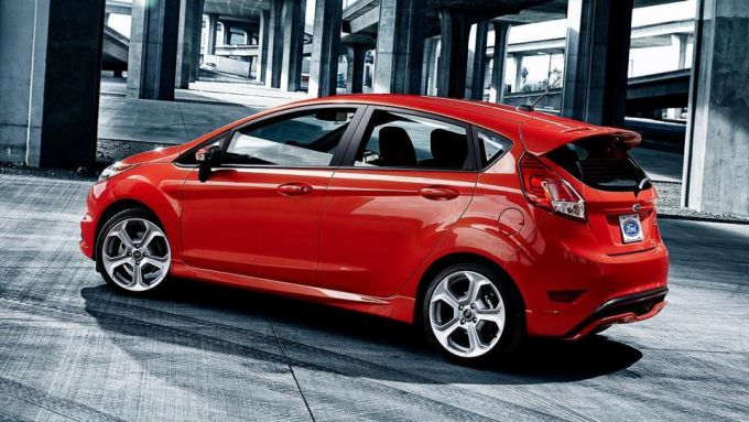 Immagine 4: Ford Fiesta ST 2013