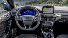 Ford Focus EcoBoost Hybrid: il cruscotto e lo schermo dell'infotainment