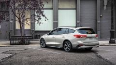 Ford Focus EcoBoost Hybrid in versione wagon Active