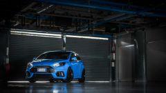 Ford Focus RS: basta guardarla per capire che non è una Focus normale