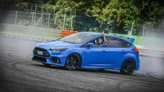 Ford Focus RS: in Drift Mode il divertimento (e il fumo) è tanto