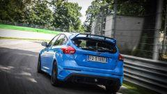 Ford Focus RS: in modalità Sport gli scarichi emettono un rombo ancora più coinvolgente
