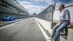 Ford Focus RS: in pista con 350 cv (e uno strano ospite) - Immagine: 4