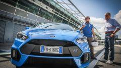 Ford Focus RS: in pista con 350 cv (e uno strano ospite) - Immagine: 9