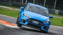 Ford Focus RS: in pista con 350 cv (e uno strano ospite) - Immagine: 24
