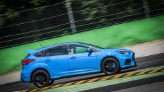 Ford Focus RS: in pista con 350 cv (e uno strano ospite) - Immagine: 28