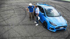 Ford Focus RS: in pista con 350 cv (e uno strano ospite) - Immagine: 52