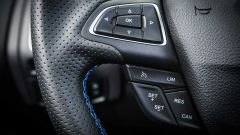 Ford Focus RS: in pista con 350 cv (e uno strano ospite) - Immagine: 73