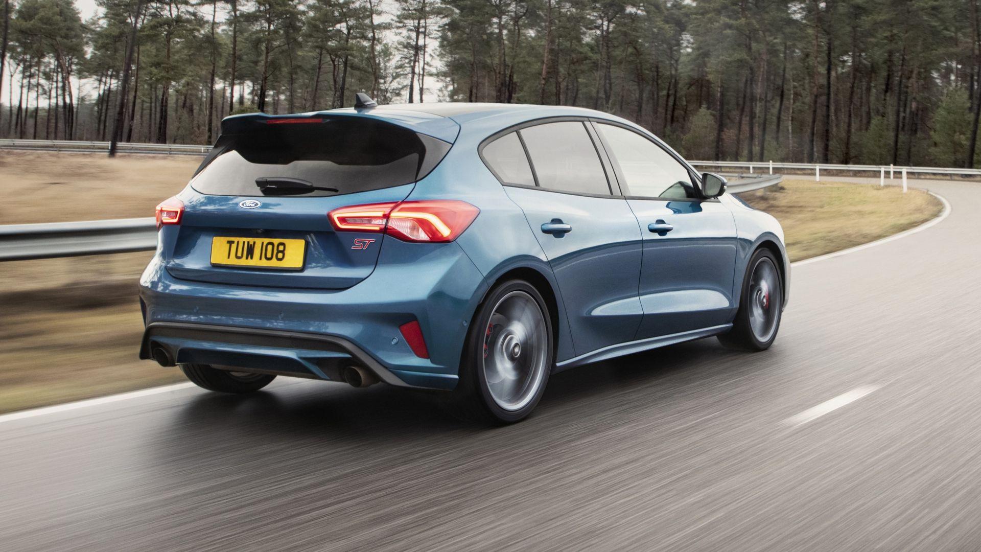 ford focus st 2019  video  interni  motore  diesel  prezzo