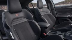 Ford Focus ST 2019, sedili sportivi Recaro