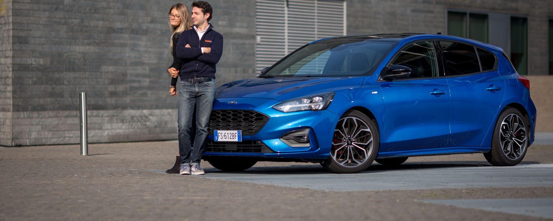 Ford Focus ST Line: look sportivo e QI altissimo, ma Giulia...