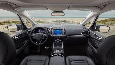 Ford Galaxy Vignale: gli interni