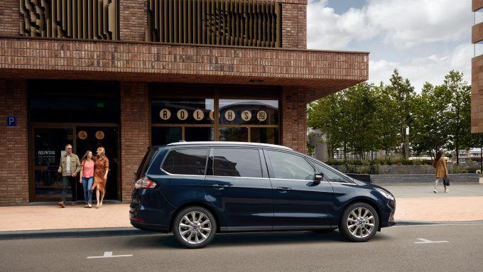 Ford Galaxy Vignale: stile e lusso della monovolume