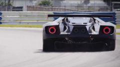 Ford GT sfida Ferrari a Le Mans: la tecnica dell'americana   - Immagine: 16