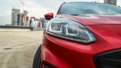 Ford Kuga 2020 Plug-In Hybrid ST-Line X: il gruppo ottico anteriore