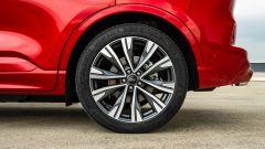 Ford Kuga 2020 Plug-In Hybrid ST-Line X: la ruota posteriore
